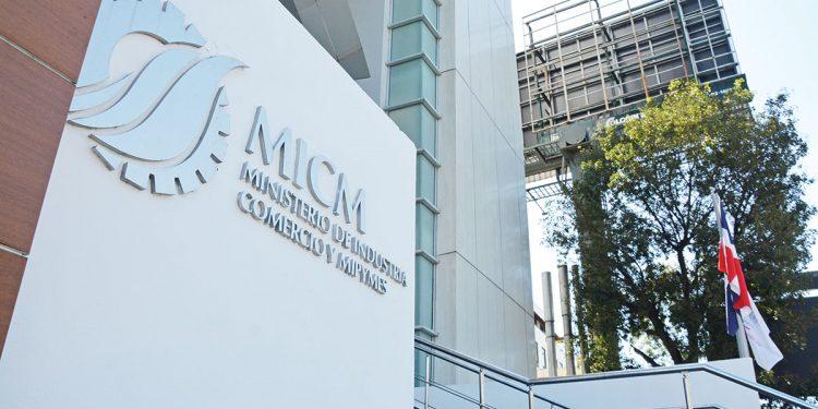 Según datos del Ministerio de Industria, Comercio y Mipymes, más del 83.3% de las mipymes están concentradas en la zona urbana y tan solo 16.7% se localiza en la zona rural. | Lésther Álvarez