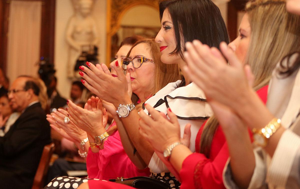 mujeres dominicanas cargos publicos