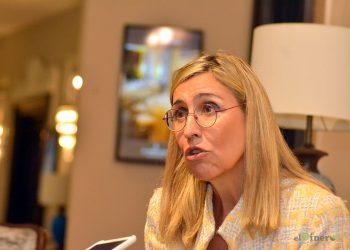 Nuria Vilanova dijo que es momento de digitalizar las empresas e instituciones. | Lésther Álvarez
