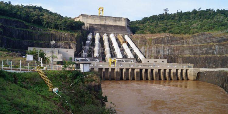 Hidroeléctrica, agua Brasil