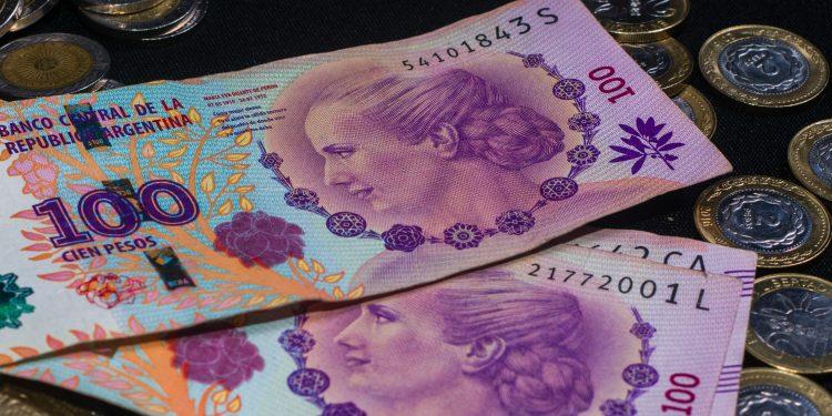 Pesos argentinos.
