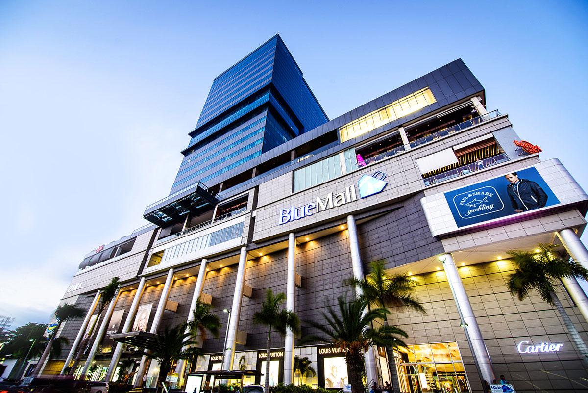 plazas comerciales bluemall