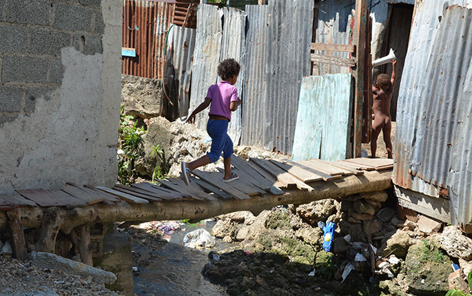 El combate a la pobreza crónica es un reto constante de los países en América Latina y otras latitudes.
