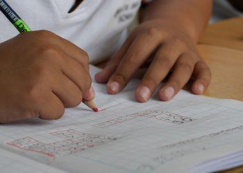 Educación, colegios, escuelas, clases, niños