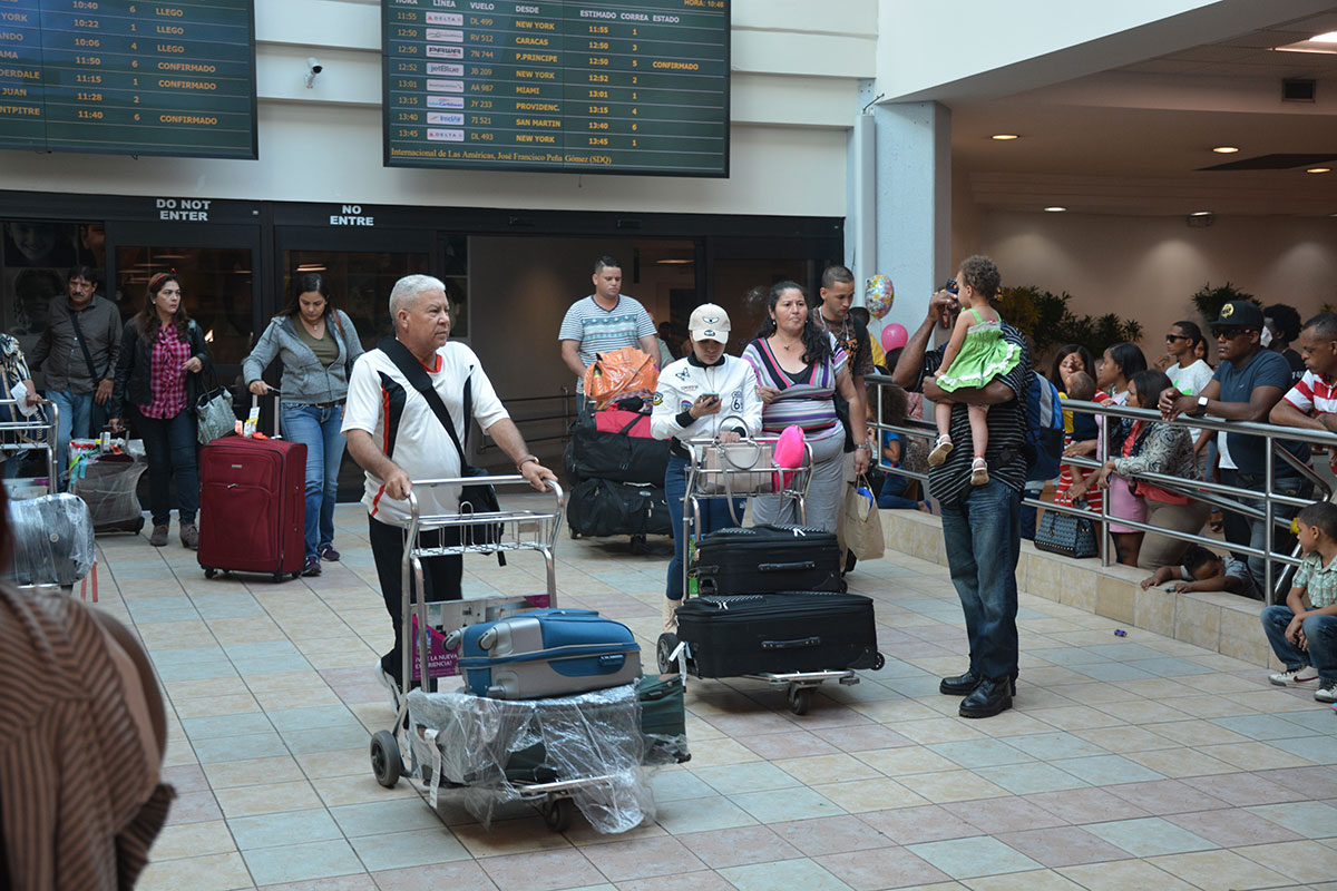 transito de pasajeros turistas