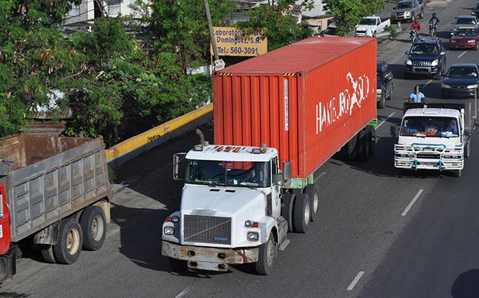 Según datos de Fenatrado, en el país hay poco más de 60,000 miembros de esa entidad de transporte de carga.