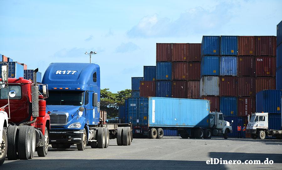 La falta de libre competencia en transporte terrestre de las mercancías limita seriamente a los sectores productivos. | Lésther Álvarez
