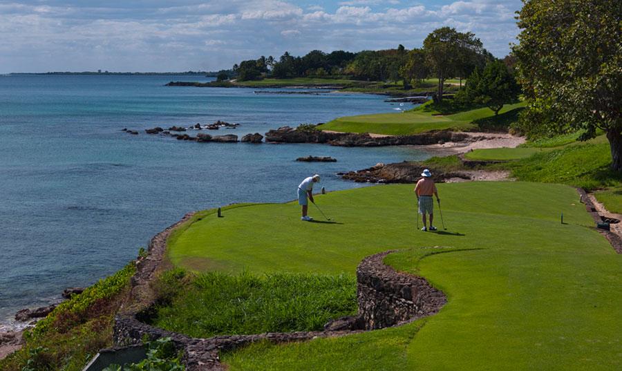 El campo de golf Diente de Perro, de Casa de Campo, es uno de los mejores del mundo.