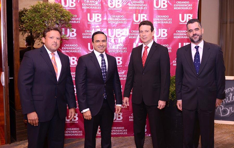 Los ejecutivos Freddy Almonte, Javier Tejada, José Jiménez y Raul Peña durante el acto de lanzamiento.