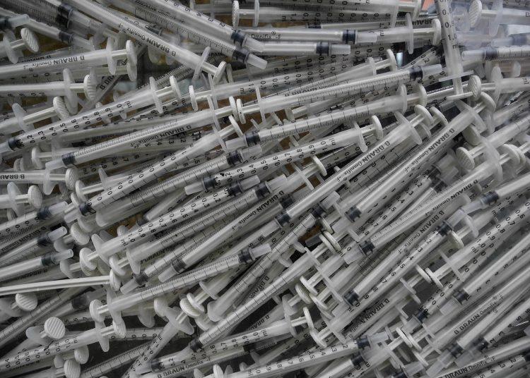 vacunas, jeringas