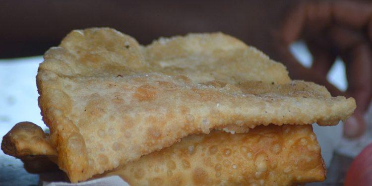 El yaniqueque relleno se ha convertido en uno de los alimentos más consumidos por los dominicanos.   Lésther Álvarez