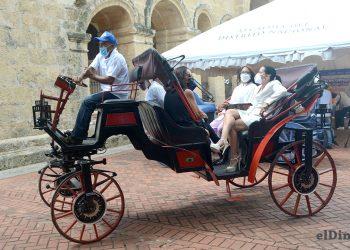 La transformación de los carruajes tuvo un costo de US$7,000 por unidad.